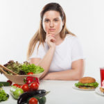 ダイエットする女性
