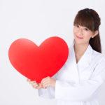 ハートを持つ女性医師